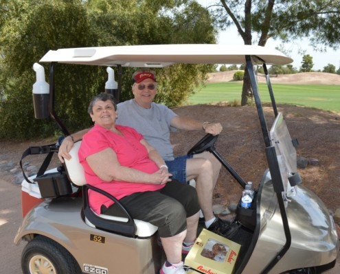 Mary & Jim from Gompers passing out water and treats for golfers